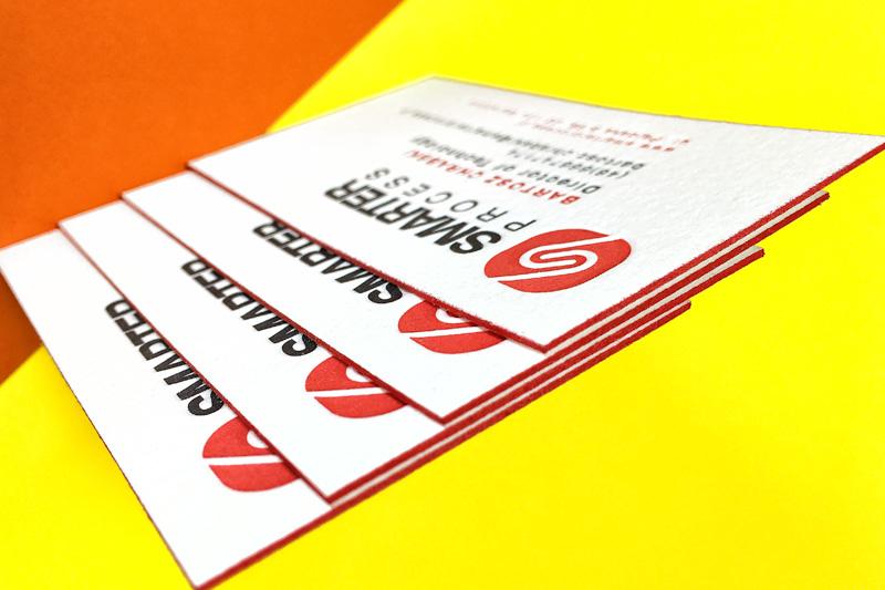 wizytowki-letterpress-czerwone-brzegi